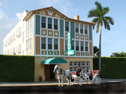 Hotel Evernia is Conveniently Located iin The Heart of West Palm Beach!